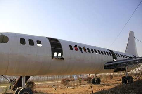 Máy bay dài 35m có thể chứa hàng trăm người