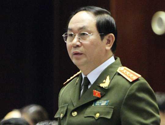 Bộ trưởng Trần Đại Quang khen thưởng Công an TP Hà Nội về chiến công phá nhanh vụ án Giết người, Cướp của xảy ra tại thị xã Sơn Tây ngày 24/12 vừa qua