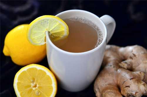 Uống trà gừng mỗi sáng sẽ giúp bình ổn dạ dày.