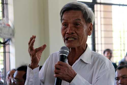 Ông Đỗ Thượng (xã Sông Trầu, huyện Long Thành) cho rằng dự án treo gần 20 năm khiến người dân quá khổ. Ảnh: Hoàng Trường