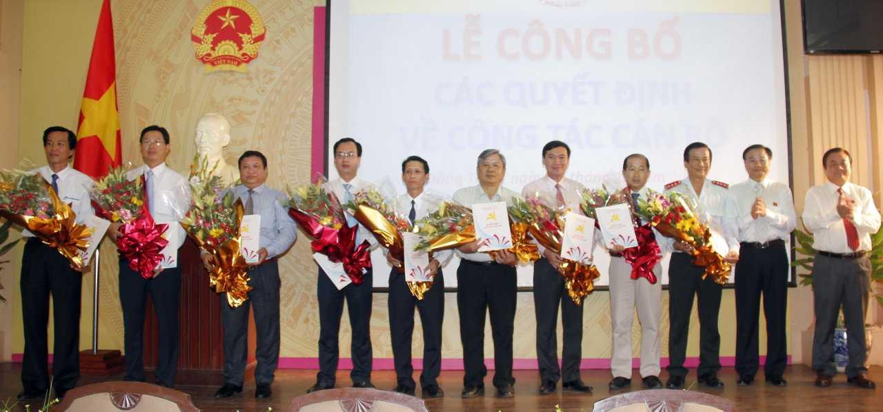 Nhiều cán bộ trẻ được tỉnh Đồng Tháp bổ nhiệm vào các vị trí lãnh đạo sở - Ảnh: cổng thông tin điện tử Đồng Tháp