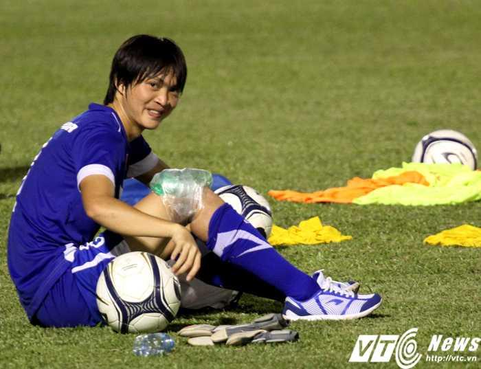 HLV Miura vẫn đang chờ Tuấn Anh đạt trạng thái cơ thể tốt nhất (ảnh: Hoàng Tùng)
