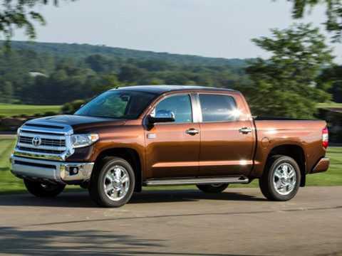 9. Toyota Tundra (giá: 28.510 USD - tương đương 641,96 triệu đồng).