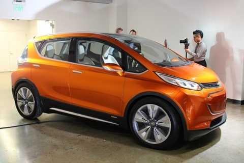 Mẫu xe chạy điện Bolt EV Concept của Chevrolet
