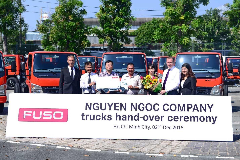 Buổi lễ bàn giao 30 xe tải nhẹ Canter cho Công ty Nguyễn Ngọc