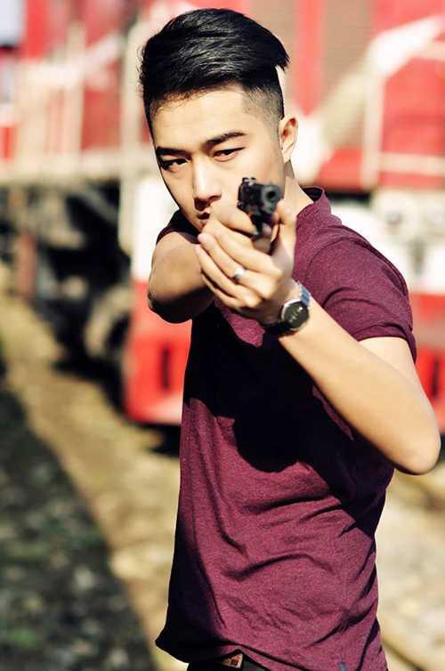 Hot boy mơ ước trở thành chiến sỹ cảnh sát giỏi, nhiệt huyết.