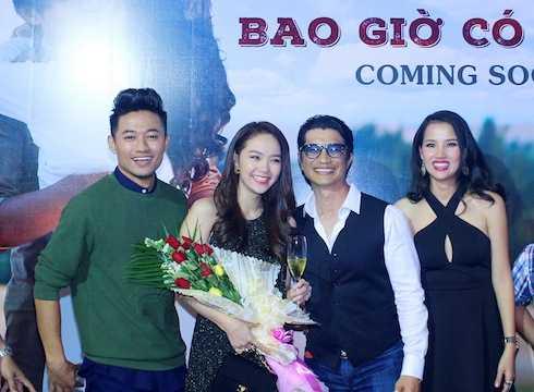 Hai diễn viên chính Minh Hằng, Quý Bình  và đạo diễn Dustin Nguyễn, NSX Bebe Phạm.