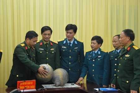 Các đơn vị chức năng tỉnh Yên Bái làm việc để đưa ra kết luận về hai