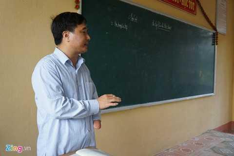 Thầy giáo Đào Thanh Hương (40 tuổi)