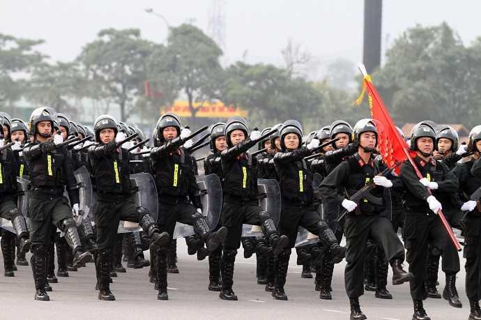 Khối cảnh sát cơ động là lực lượng nòng cốt, sẵn sàng phản ứng với mọi tình huống bất ngờ xảy ra