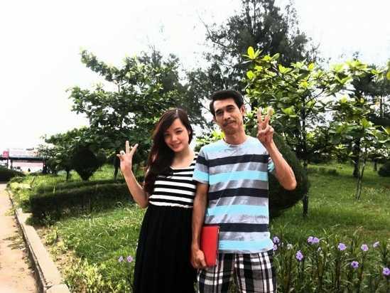 Phú Đôn bên cạnh người vợ trẻ, kém anh 25 tuổi