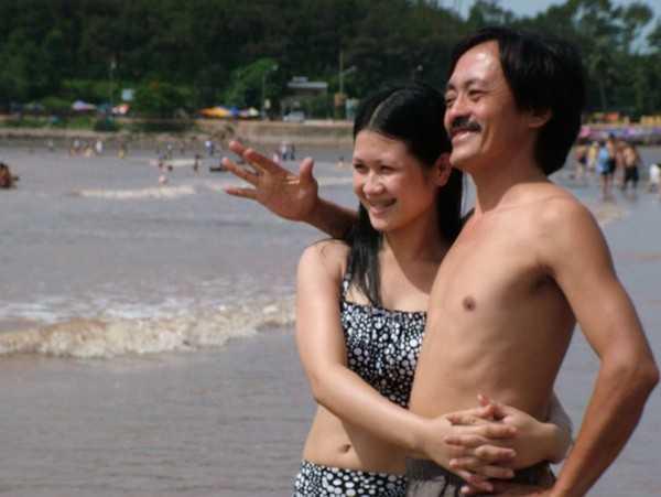 Nghệ sĩ Giang còi và người vợ trẻ, kém 25 tuổi