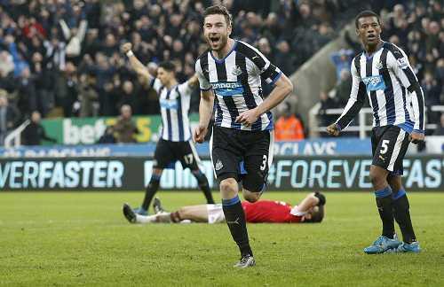 Newcastle hòa 3-3 Man Utd