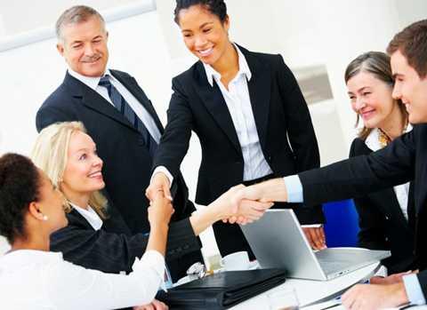 Mức thưởng Tết Nguyên đán Bính Thân   tại Hà Nội cao nhất là 100 triệu đồng/người, thuộc khối doanh nghiệp có   vốn đầu tư nước ngoài.
