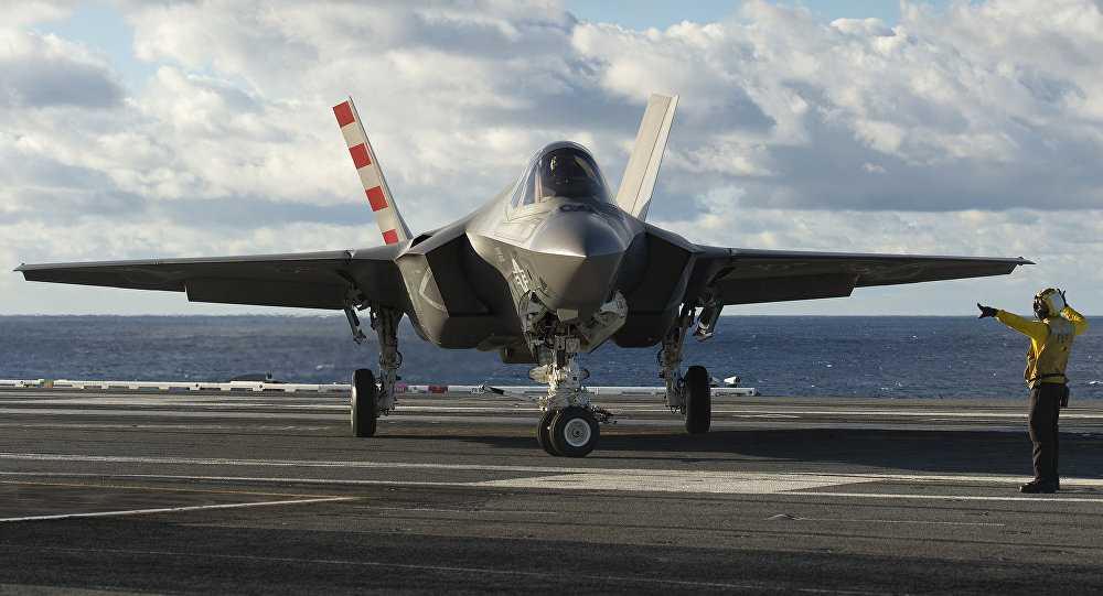 Chiến cơ F-35 của Mỹ thử nghiệm trên tàu sân bay