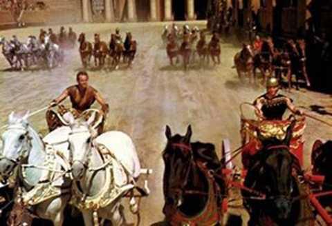 Cảnh tái hiện đua ngựa thời La Mã lên phim ảnh.