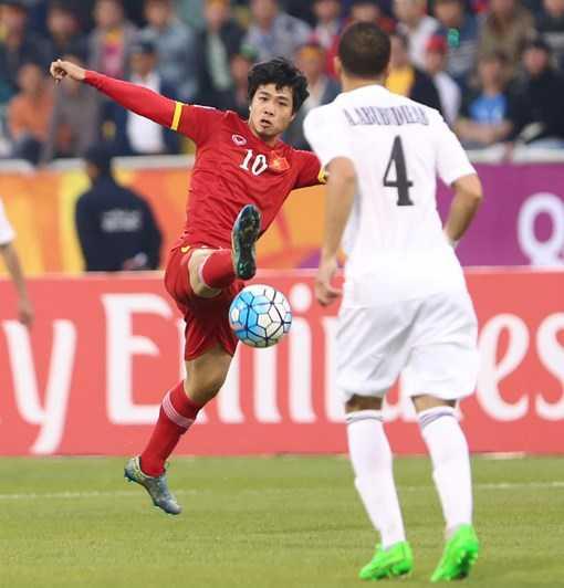 Công Phượng bó tay trước hàng thủ chơi chắc chắn của U23 Jordan