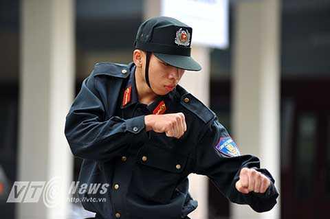 Đây là đơn vị được trang bị vũ khí hiện đại nhất, mỗi chiến sĩ đều bắn hay, võ giỏi, cơ động trong mọi tình huống