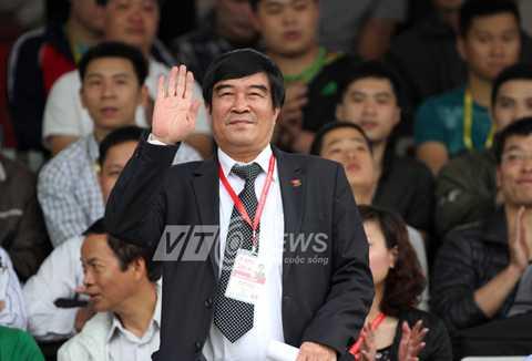 Ông Xuân Gụ khi được bầu vào vị trí phó chủ tịch VFF đã hứa vẫn sẽ giữ đúng chất của một người lính đặc công (Ảnh: Quang Minh)