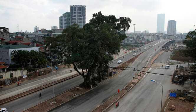 Đường vành đai 2, đoàn Nhật Tân - Cầu Giấy có chiều dài 6,4 km, có 3 cầu vượt trên toàn tuyến - Ảnh: Nam Trần