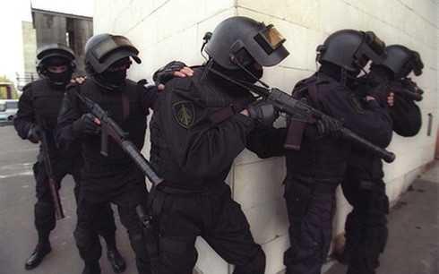 Lực lượng cảnh sát đặc nhiệm Nga đột kích ở Nalchik vây bắt phiến quân Hồi giáo. (ảnh: Wikicommons)