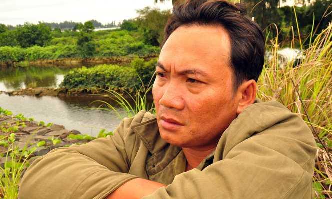 Ông Tâm buồn rũ rượi vì tài sản bị mất trắng - Ảnh: Trần Mai