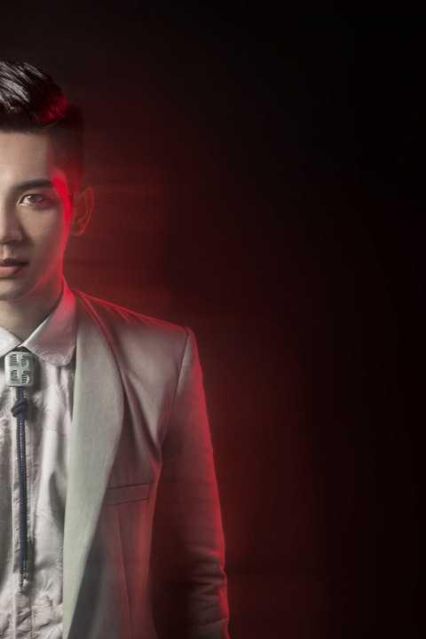 """Single """"Chính là em"""" dự kiến sẽ cho ra mắt 3 phiên bản khác nhau với lối hòa âm phối khí bắt kịp theo xu hướng âm nhạc hiện nay của thế giới."""