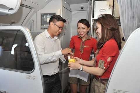 Rút thăm trúng thưởng trên chuyến bay