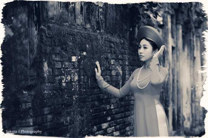Không chỉ xinh đẹp, Thượng úy Phương Thanh còn rất tài năng. Cô từng được Tổng cục 3 tặng giấy khen