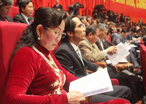 Nữ đại biểu dự Đại hội Đại biểu toàn quốc lần thứ XII của Đảng