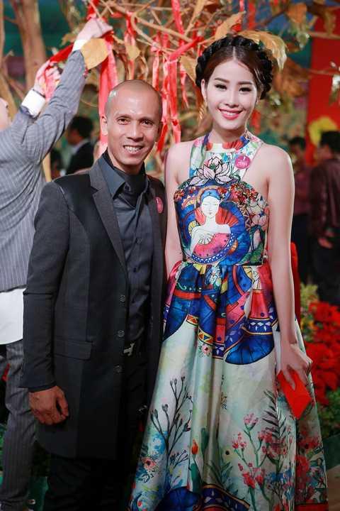 Nghệ sĩ kèn saxophone Minh Tâm Bùi cùng Hoa khôi Nam Em