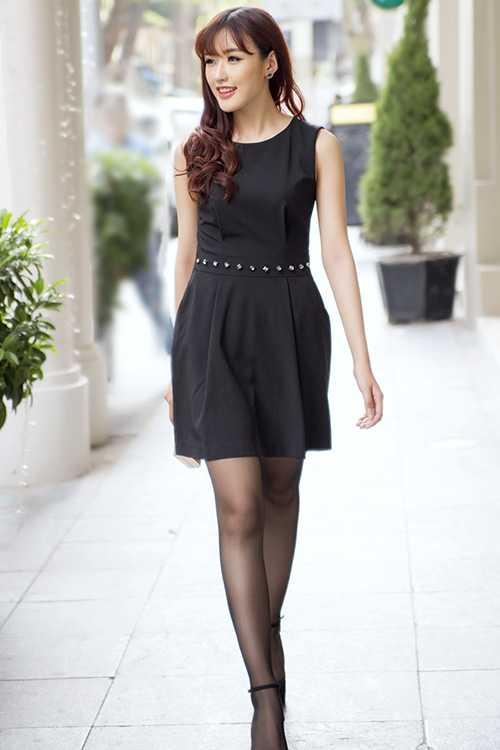 Cô gái này thích phong cách thời trang mạnh mẽ và cá tính, thoải mái