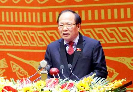 Bộ trưởng Hoàng Tuấn Anh trình bày tham luận tại Đại hội XII của Đảng