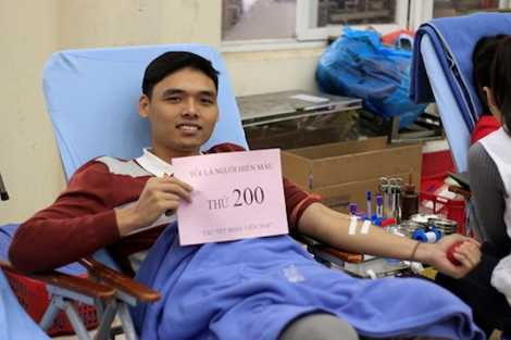 Người hiến máu thứ 200 tại chương trình