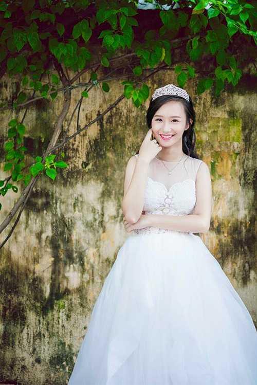 Hương Trà dự định thi vào Đại học Sân khấu điện ảnh (Hà Nội).