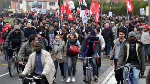 2.000 người tham gia biểu tình kêu gọi ủng hộ người nhập cư tại Calais