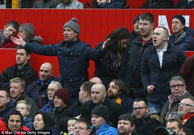 Cảm giác phí tiền mua vé vào xem Man Utd
