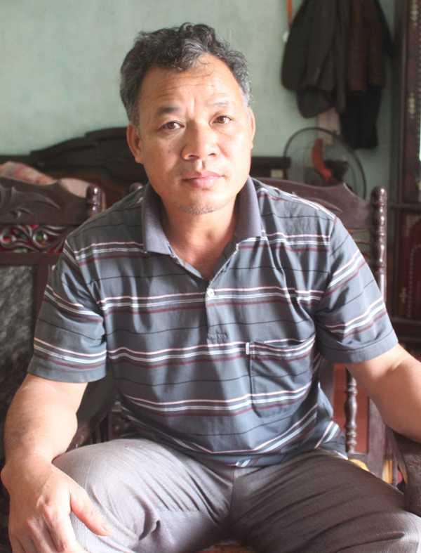 Ông Bùi Văn Thi, Trưởng bản Chũm chia sẻ với phóng viên