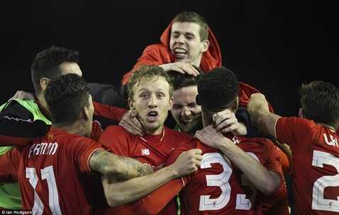 Liverpool vào chung kết Capital One Cup
