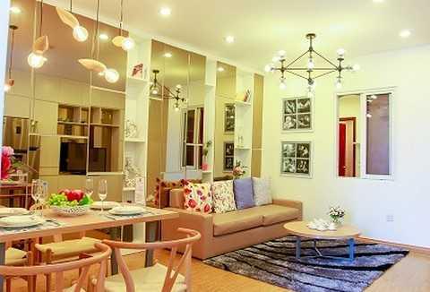 Các gia đình trong tòa nhà Hà Đông Center đang gấp rút hoàn thiện căn hộ để kịp đón Tết Nguyên Đán 2016