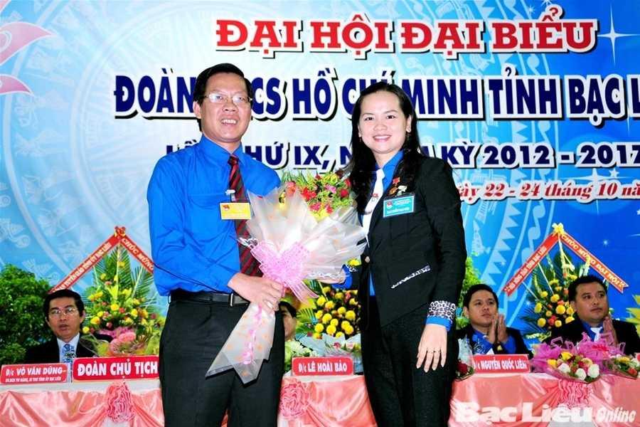 Ông Phan Văn Mãi trong một chuyến công tác tại Bạc Liêu. (Ảnh: Báo Bạc Liêu)
