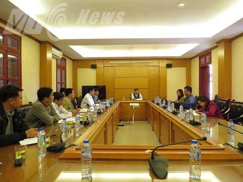 Buổi làm việc giữa UBND huyện Kinh Môn với nhóm PV VTC News