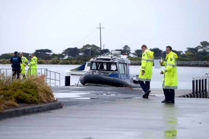 Cảnh sát Australia ở hiện trường vụ rơi máy bay