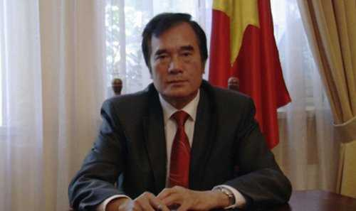 Đại sứ Việt Nam tại Ukraine Nguyễn Minh Trí.