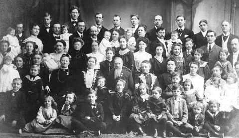 Gia đình Vassilyev - nông dan Nga sinh 69 người con