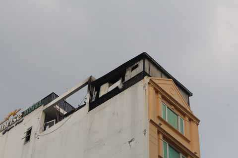 Khu vực sân thượng nơi xảy ra vụ cháy.