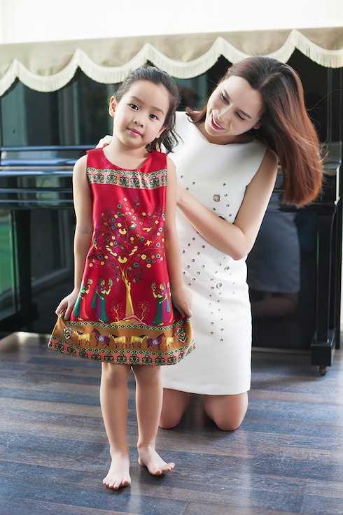 Lưu Hương Giang giành nhiều thời gian chăm sóc cho 'công chúa nhỏ'.