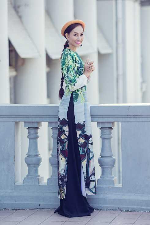Kế hoạch sau tết của Kim Duyên là cô sẽ lênđường sang New York để diễn trong khuôn khổ New York Fashion Week cho NTK Quỳnh   Paris.