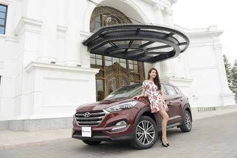 Hyundai Tucson 2016 là thế hệ thứ 3 của Tucson, xe được giới thiệu từ tháng 3/2015 với những nâng cấp toàn diện từ thiết kế đến động cơ và vận hành của Hyundai