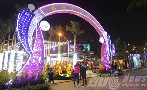 Trung tâm giải trí lớn nhất miền Trung đón khách ngay trong đêm giao thừa